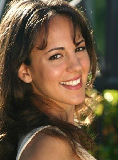 Lisa Cordeiro, massage therapist
